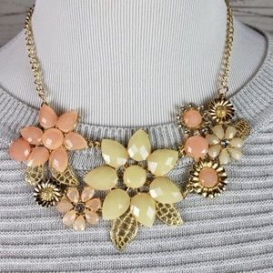 Floral  Necklace Brand New